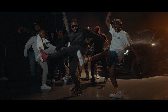 Kofi Mole Pulele Video